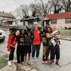 """CityServe Arkansas team bringing food and hope through the """"Last Mile of Need."""""""
